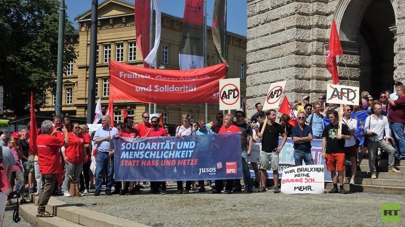 RT Deutsch vor Ort: Anti-AfD Demos in Augsburg
