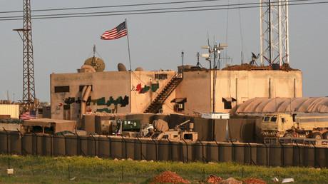Ein Foto vom 2. April 2018 zeigt eine Gesamtansicht einer US-Militärbasis im Dorf al-Asaliyah, zwischen der Stadt Aleppo und der nördlichen Stadt Manbidsch.