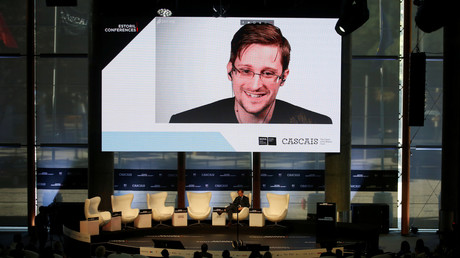 Edward Snowden per Videoschaltung in Estoril, Portugal, 30. Mai, 2017.