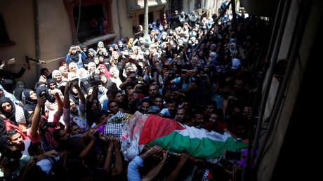 Begräbnis von Razan al-Najjar, die nach Angaben von Augenzeugen durch israelische Sicherheitskräfte getötet wurde, Gaza, 2. Juni 2018.