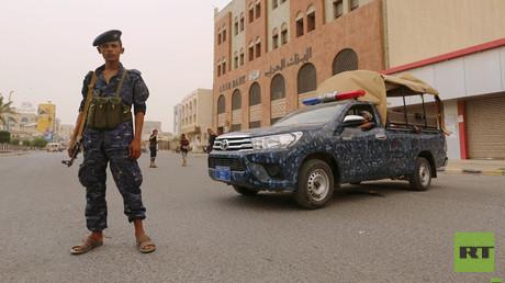 Ein den Huthis loyaler Polizist in der Stadt Hudaida am 14. Juni 2018.