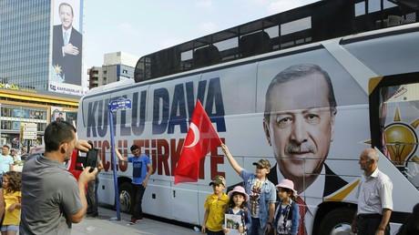 Vorgezogene Neuwahlen: In der Türkei tobt momentan der Wahlkampf.