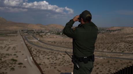 Die Grenze zu Mexiko im Blick: Ein US-Grenzschutzbeamter bei der Arbeit.