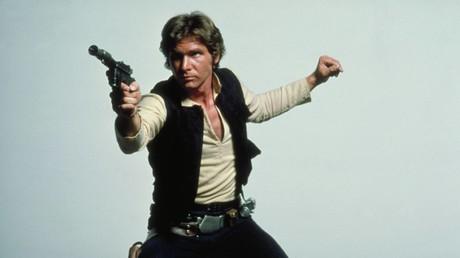 Hände hoch! – Blaster von Han Solo für gut 470.000 Euro versteigert
