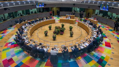 Die 28 Staats- und Regierungschefs der EU beim Gipfel in Brüssel: Nach zwölfstündigem Ringen wurde ein Kompromiss im Streit über die Migrationspolitik erzielt.