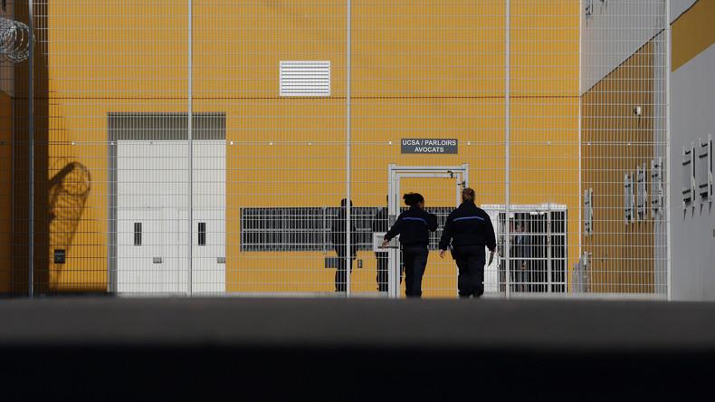 Spektakuläre Flucht in Frankreich: Häftling bricht aus Gefängnis mit Hubschrauber aus