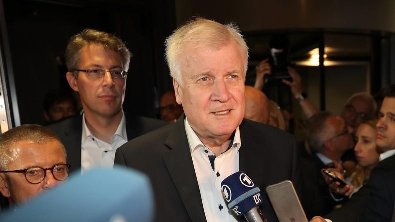 Nach Rücktrittsmeldung: Seehofer will letztes Mal mit Merkel verhandeln