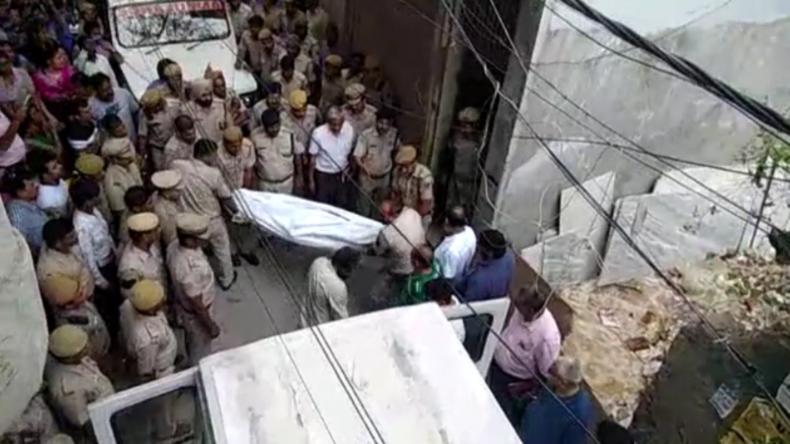 Indien: Satanismus oder Bandenkrieg? Elf Angehörige einer Familie in Delhi tot aufgefunden