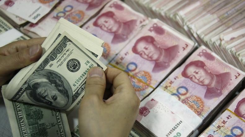 """Chinesische Großbanken lassen US-Dollar fallen: """"Um unsere heimische Währung zu stützen"""""""