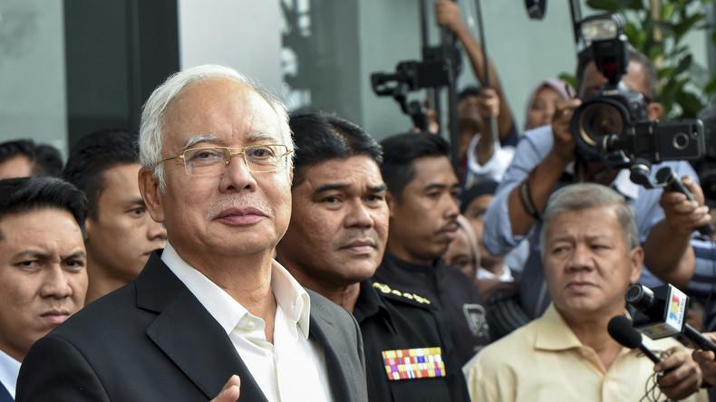 Malaysias Ex-Regierungschef wegen Machtmissbrauchs und Veruntreuung angeklagt