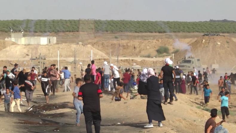 Palästinensische Frauen und Kinder bei Protesten und Ausschreitungen an israelischer Grenze