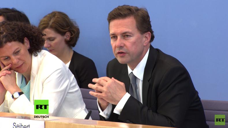 Regierungspressekonferenz: Was weiß das parlamentarische Kontrollgremium von der Arbeit des BND?