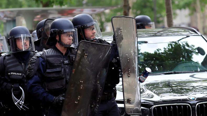 Frankreich: Zusammenstöße in Nantes - Polizei mit Kartoffeln beworfen (Video)