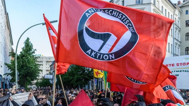 """LIVE: Antifa-Demo zur Veranstaltung """"Linksextremismus – eine unterschätzte Gefahr?"""""""