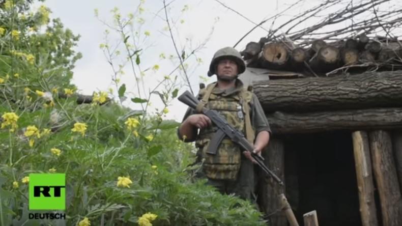 """Volksrepublik Donezk"": Besuch an der Front (Video)"
