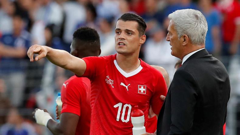 Nach Doppeladler-Geste bei WM: Debatte um doppelte Staatsbürgerschaft in der Schweiz
