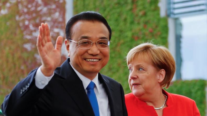 """LIVE: """"Handelskrieg mit USA"""" - Merkel und chinesischer Ministerpräsident geben Pressekonferenz"""