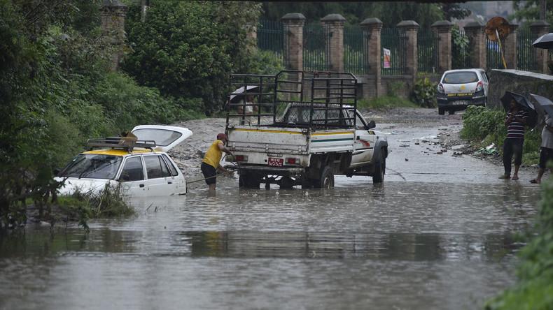 Dutzende Tote bei Monsununwettern in Nepal und Indien