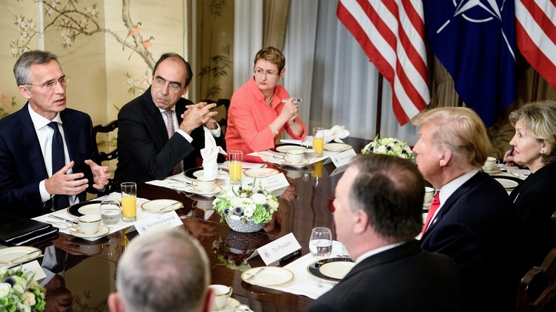 Willy Wimmer: Trumps Forderungen auf dem NATO-Gipfel reißen die Fassade des Wertewestens nieder