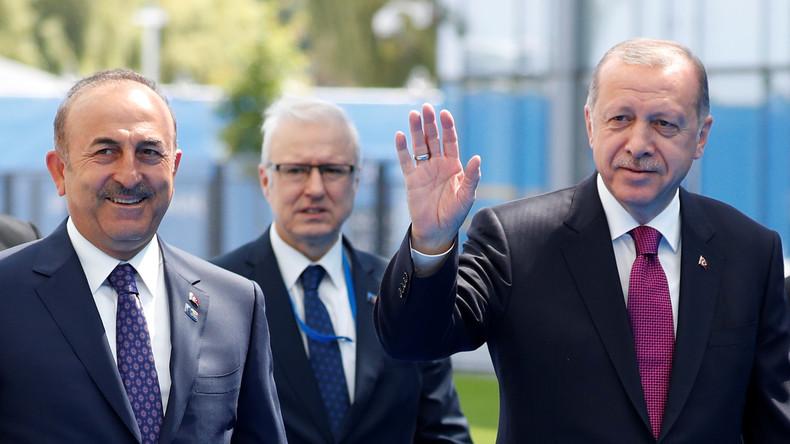 Kritik aus Ankara am NSU-Prozess: Wer vom deutschen Staat im Staate steckt dahinter?