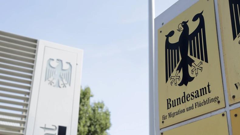 Urteil: Asylbewerber darf Bamf wegen Untätigkeit verklagen