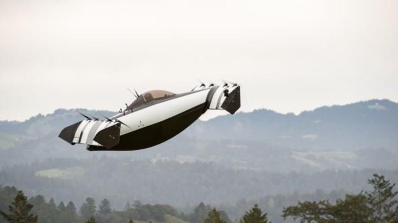 """Weiterer Schritt in die Sci-Fi-Zukunft: """"Fliegendes Auto"""" in California enthüllt"""