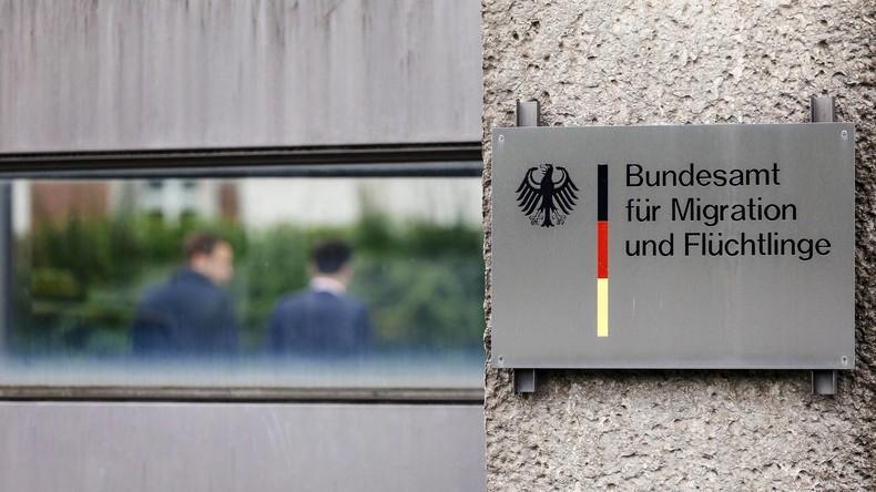Staatsanwaltschaft ermittelt gegen zwei Bamf-Dolmetscher