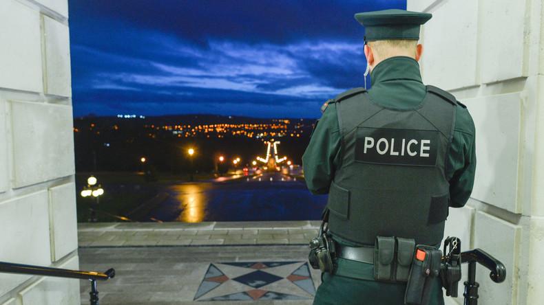 Unbekannte werfen Sprengkörper auf Haus von Ex-Sinn-Féin-Chef Gerry Adams