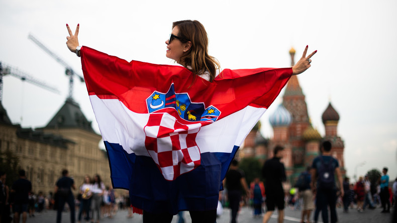 Kroatische Polizei stellt kurz vor WM-Finale tausende Reisepässe aus