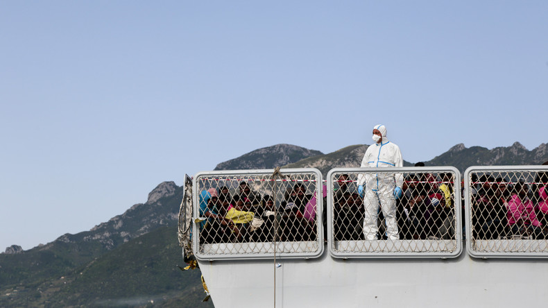 Hunderte Migranten harren auf Schiffen im Mittelmeer aus - Italien feilscht um Flüchtlinge