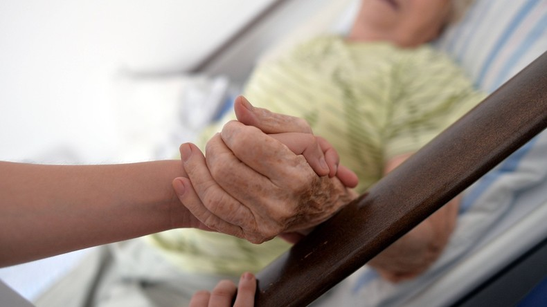Pflegenotstand: Regierung will Tarifbindung für Pflegeberufe durchsetzen