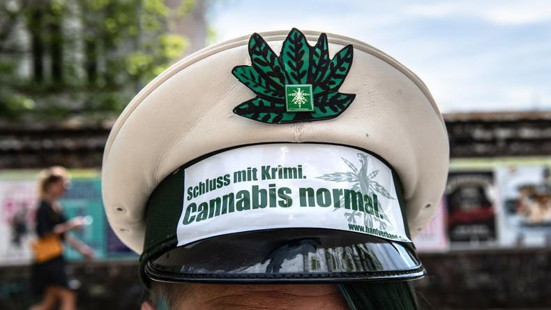 Berliner Verwaltungsgericht: Cannabis-Konsument darf nicht Polizist werden
