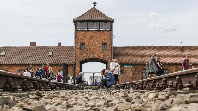 Touristen bei versuchtem Diebstahl von Steinen in Auschwitz erwischt