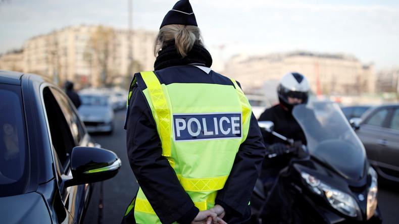 Kopf oder Zahl? US-Polizistinnen lassen virtuelle Münze über Schicksal einer Fahrerin entscheiden