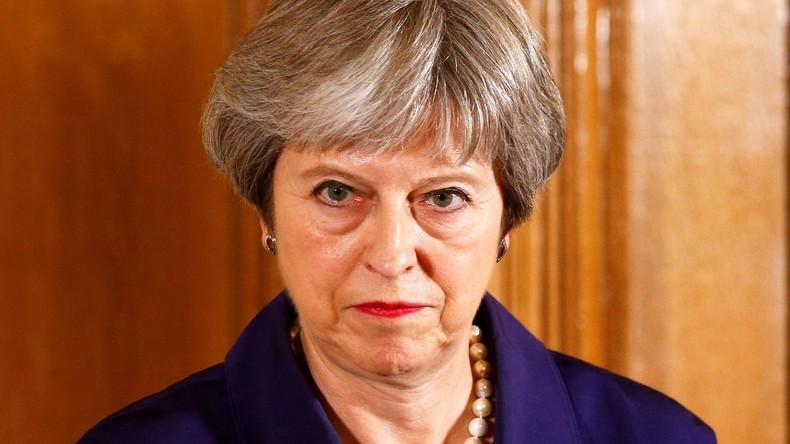 Brexit-Streit: May übersteht Kampfabstimmung nur knapp