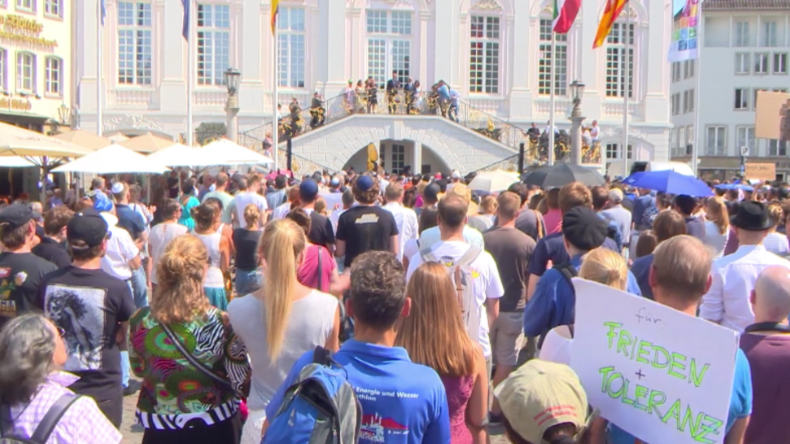 Nach Gewaltverbrechen gegen jüdischen Professer: Bonn trägt Kippa