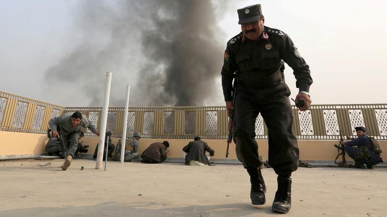 Taliban töten mindestens zwölf Polizisten in mehrstündigem Gefecht