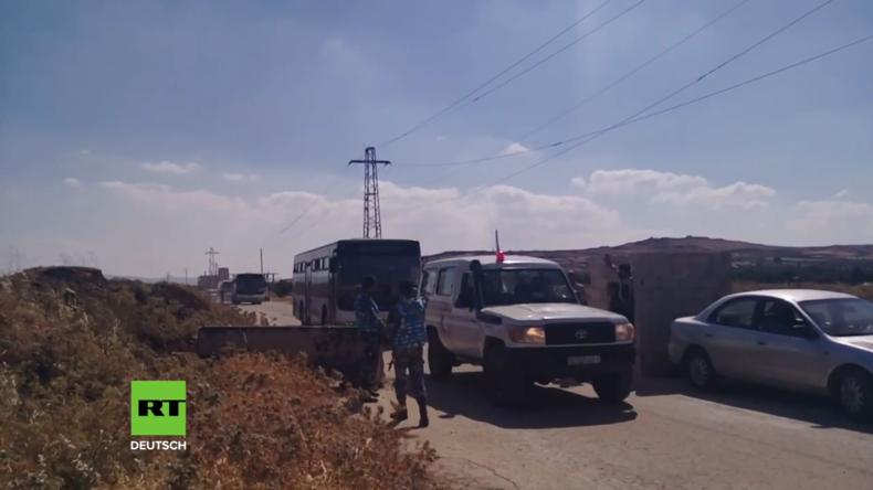 Syrien: Erste Gruppe von Militanten und Zivilisten aus der Provinz Quneitra evakuiert