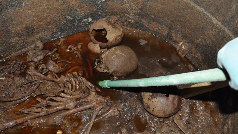 Durstig nach Skelettsaft? Schottin sammelt Unterschriften, um Flüssigkeit aus Sarkophag zu kosten