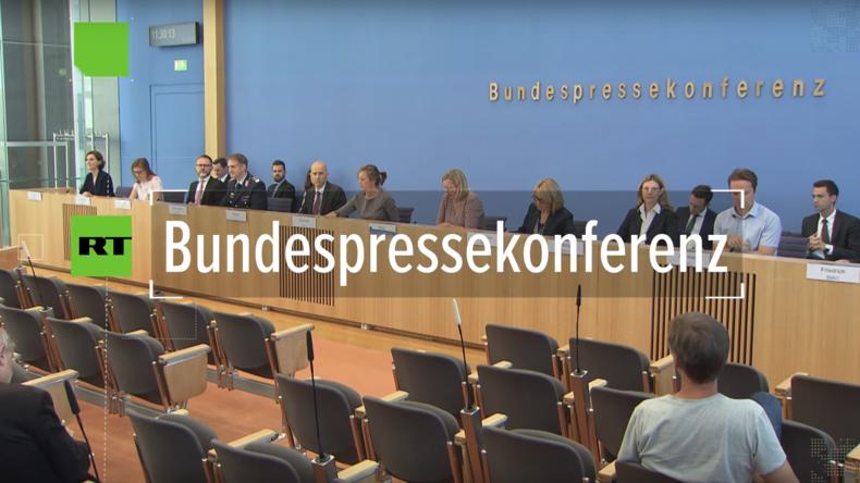"""Regierungspressekonferenz: Weißhelme dürfen """"als politische Maßnahme"""" mit Familien nach Deutschland"""