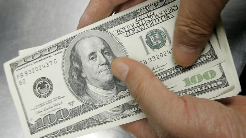 Mit Gottes Segen: Bürgermeisterkandidat für Chicago verteilt Bargeld an Kirchengänger