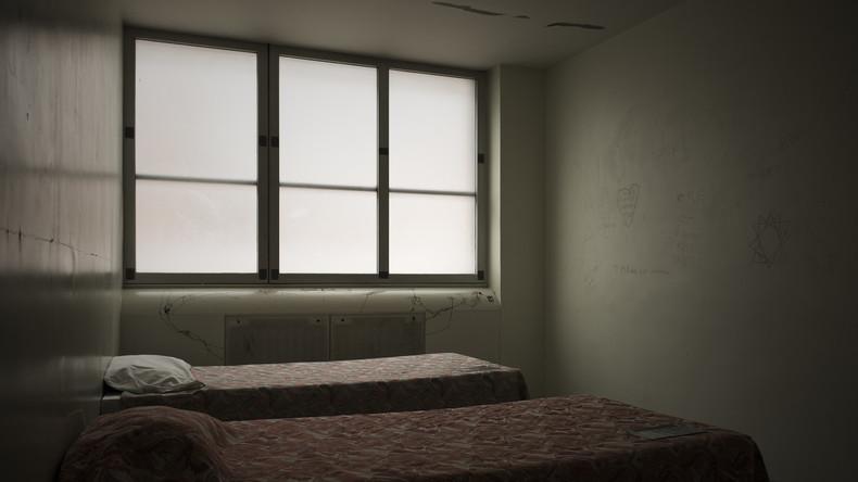 BVerfG billigt Fixierung in Psychiatrie nur mit Richter-Zustimmung