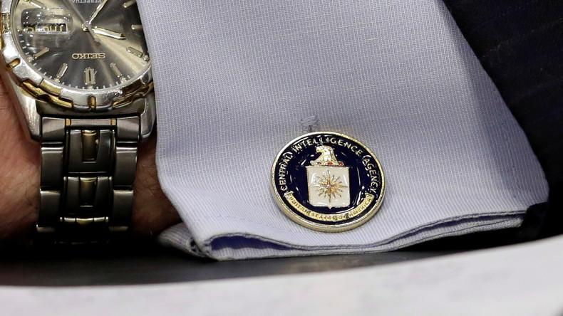 Trump will Ex-Beamten die Sicherheitsfreigabe entziehen (Video)