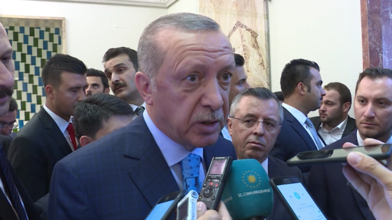 "Türkischer Präsident Erdogan feiert Özils ""patriotischen"" Rücktritt aus Nationalelf"