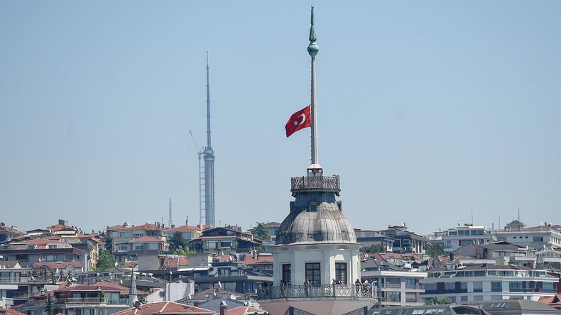 Türkei verabschiedet schärferes Anti-Terror-Gesetz – Notstand teilweise fortgeschrieben