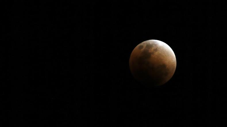 Jahrhundert Mondfinsternis Mond Und Mars In Rot Sind In Weiten