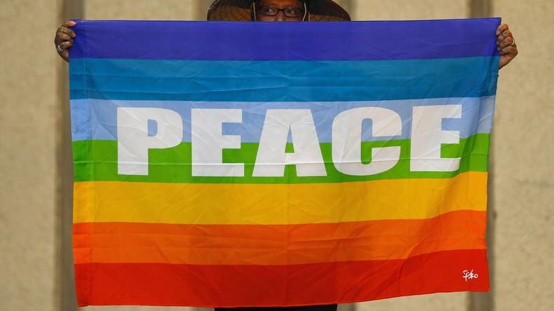 Aktion gegen Atomwaffen: Japanisches Friedenschiff erreicht Kolumbien