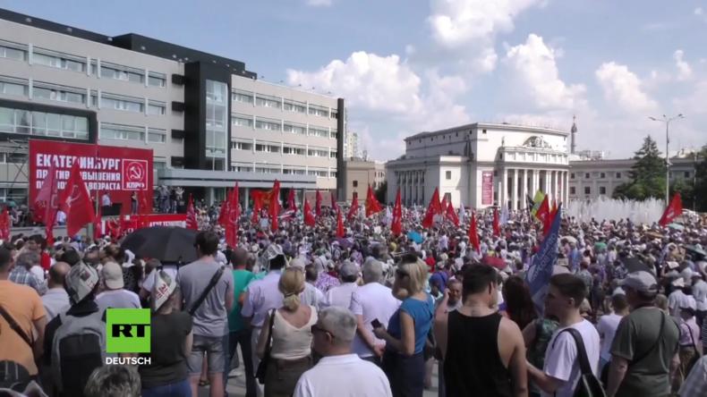 Russland: Tausende protestieren gegen Pläne zur Erhöhung des Rentenalters