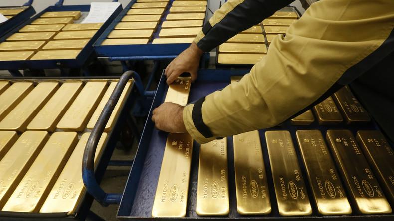 Russlands Goldreserven nähern sich Rekord aus Stalinzeit und verringern Abhängigkeit vom US-Dollar