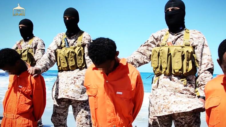 Interview mit britischem Regisseur Kosminsky: Warum sich junge Menschen dem IS anschließen (Video)